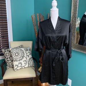 Victoria's Secret Black Tie Waist Satin Robe XS/S